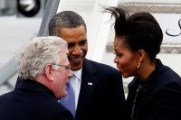Мишел Обама като развълнуван диригент